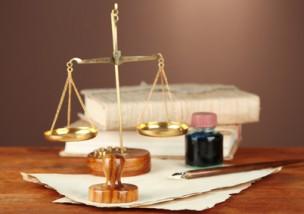 離婚裁判の費用はどれくらい?裁判を有利に進めるための4つのこと