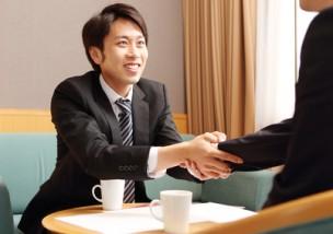 商談中のビジネスマン