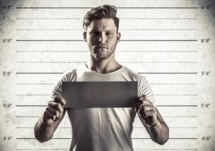 痴漢で身内が逮捕された!手続きの流れ6つを弁護士が解説