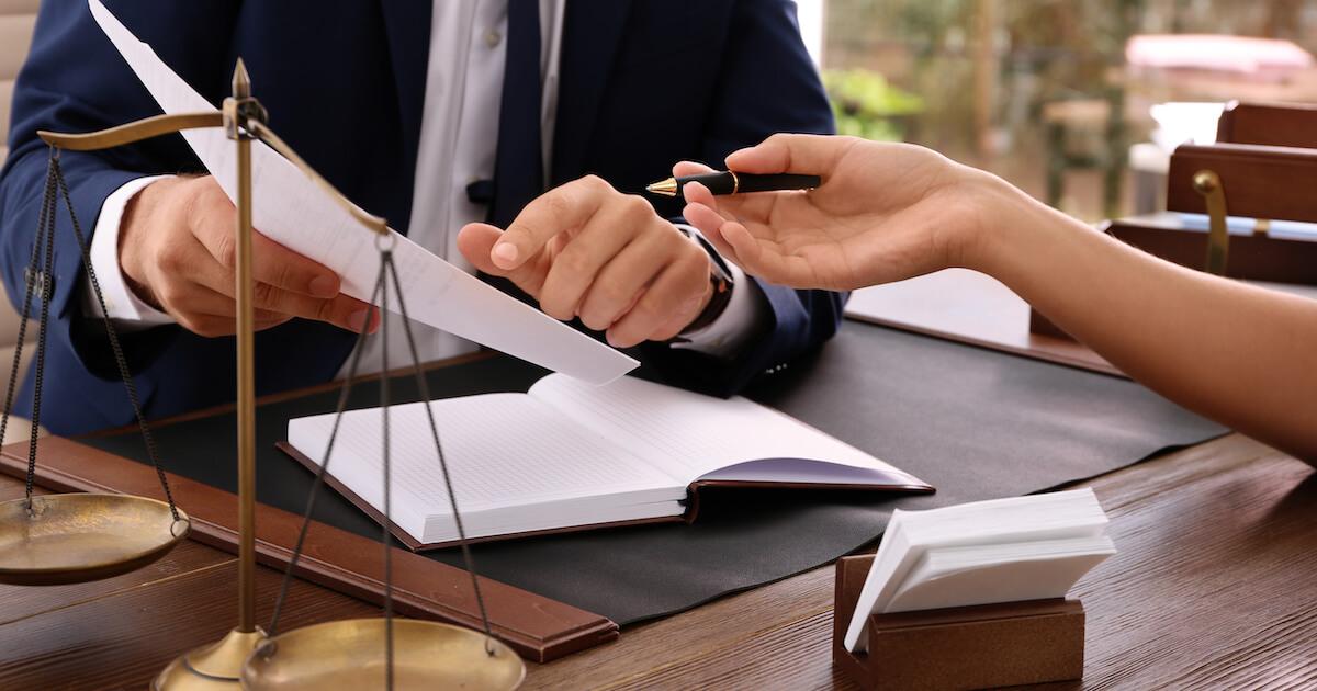孫に遺産を遺すベストな方法は弁護士へ相談を