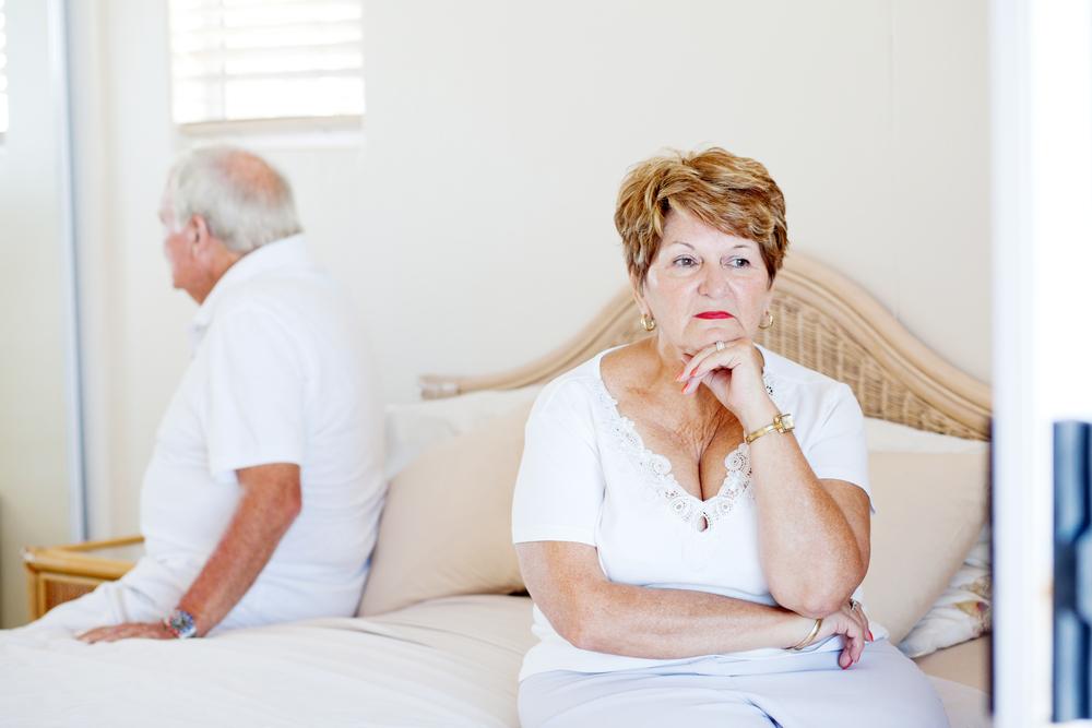 熟年離婚は増えている?熟年離婚の件数