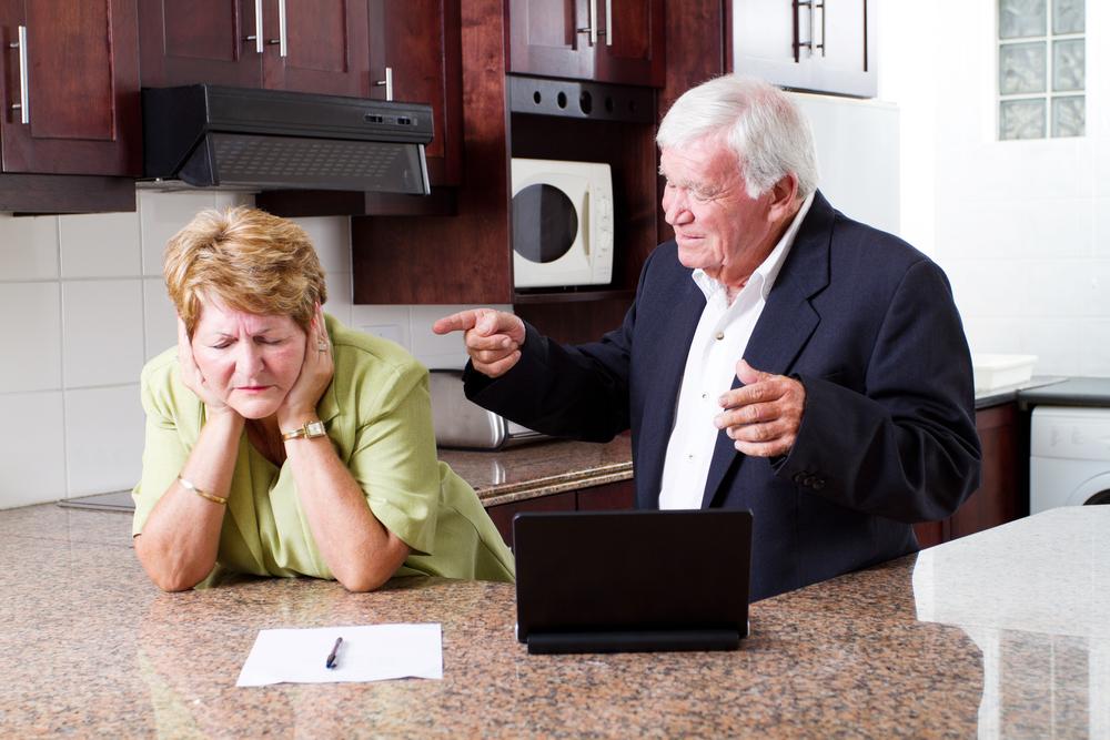 熟年離婚の原因・理由にはどのようなものがある?