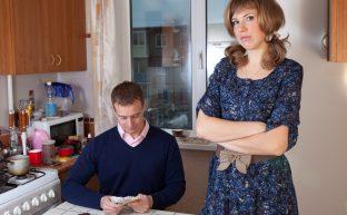 別居中、別居検討中の妻必見!別居中の生活費を夫に請求する方法と注意点