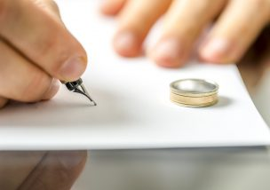 離婚届を提出しようと思ったら知っておくべき7つのポイント