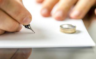 離婚届を提出しようと思ったら知っておくべきすべてのこと