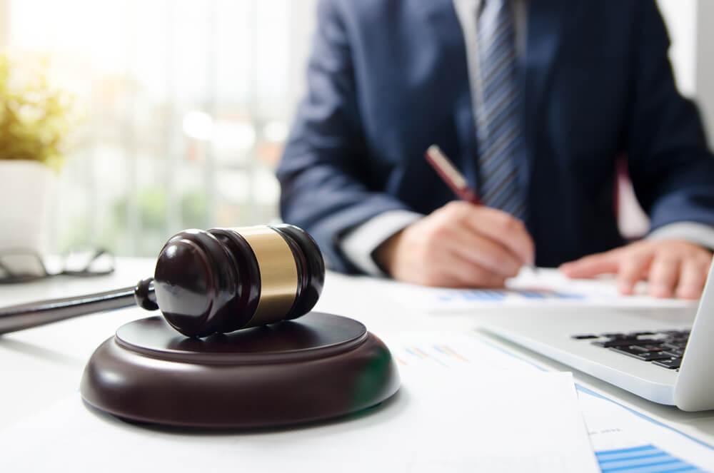 法律事務所への相談がリターンを大きくする理由