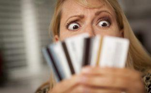 カードローンで自己破産しないために知っておくべきカードローン問題