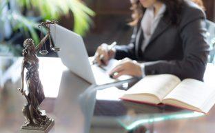 年収は?一般民事事務所への就職・転職を検討している弁護士が知っておくべき全てのこと