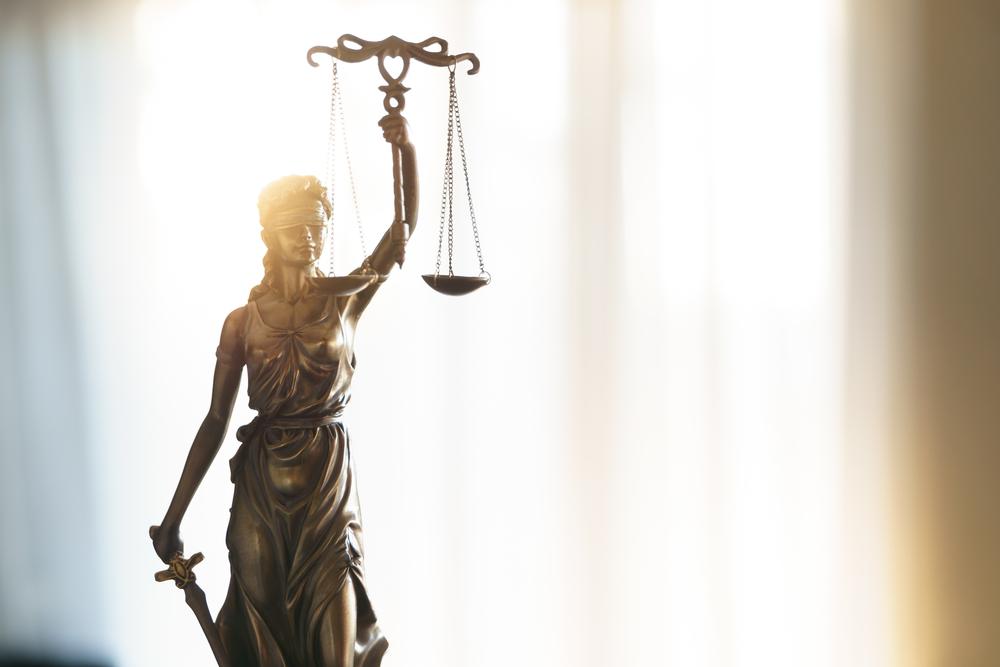 不倫事件を弁護士に依頼するデメリット