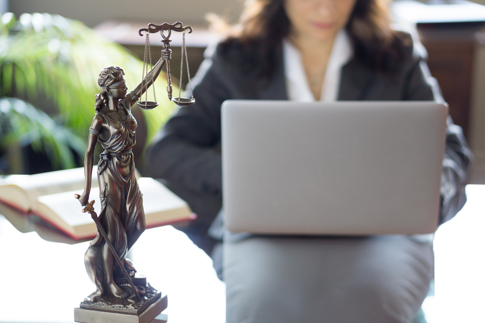 不倫事件を弁護士に依頼するメリット