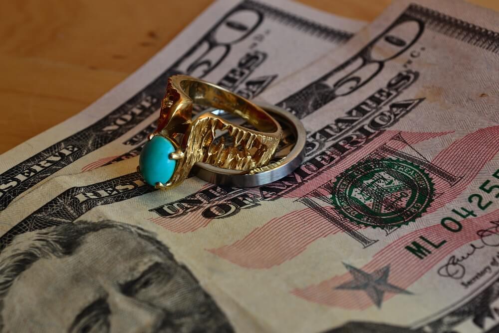 ギャンブル依存症のパートナー(配偶者)と離婚したい場合