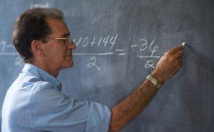 ライプニッツ係数とは?逸失利益を計算する手順と計算例