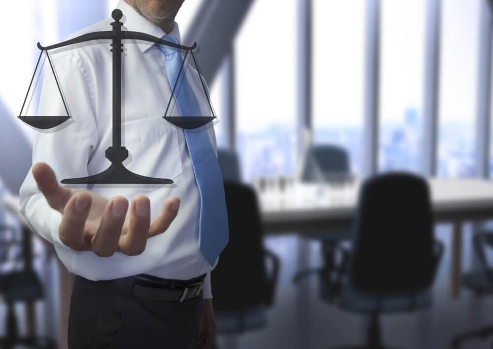 弁護士と債務整理を