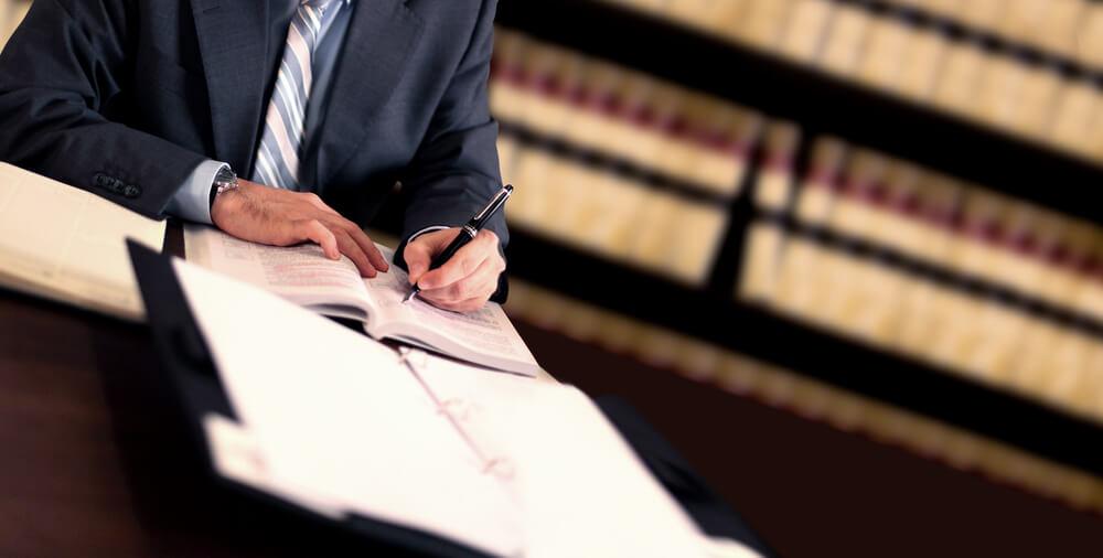 選ぶべき弁護士の特徴