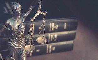弁護人とは?弁護士との違いや安心して任せられる弁護人の選び方を解説
