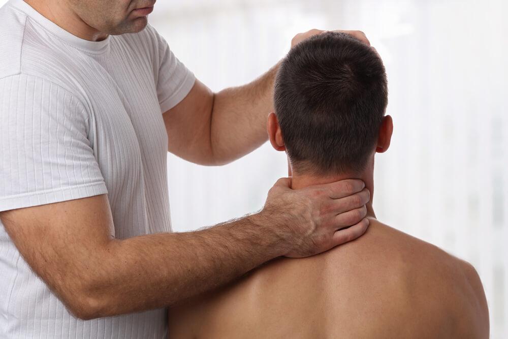 むちうち(外傷性頸部症候群)の治療法・治療期間の目安