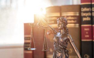 死亡事故被害での弁護士の探し方|弁護士に相談するメリットや費用相場