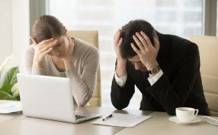 自社は債務超過?意味・簡単な調べ方・解消法・負債を免れる最終手段
