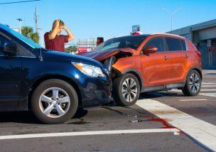 交通事故 原因