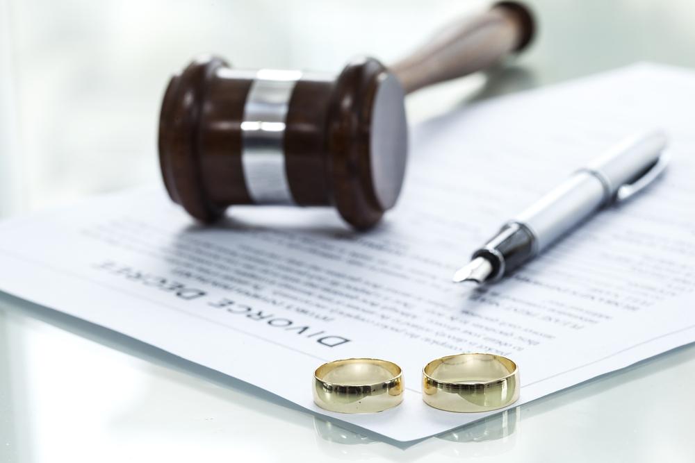 夫と接触せずに離婚する方法
