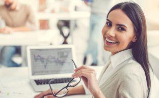 嘱託社員とは|契約社員との違いや勤務時間・給与はどうなる?