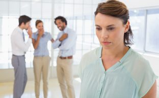 職場モラハラの対処法マニュアル|特徴や適切な対応法などのまとめ