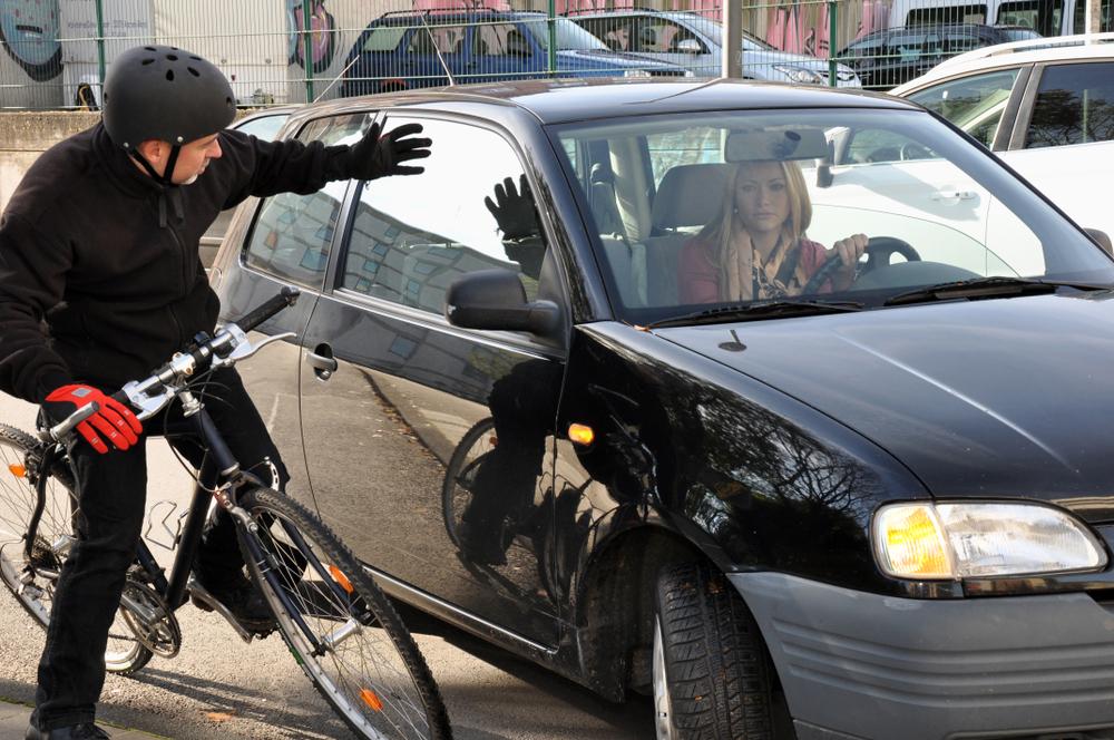 駐車場事故を防ぐには