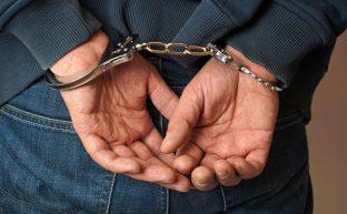 刑事事件の流れを図で紹介|逮捕後に釈放を目指すための対策とは