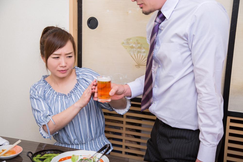 パワハラに該当する可能性のある、飲み会強要の具体例