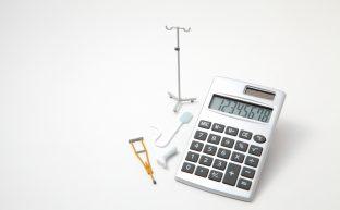 入通院慰謝料はどう計算される?計算方法と慰謝料を増額させる方法!
