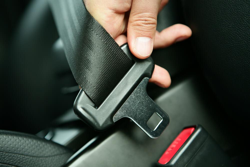 シートベルトの着用義務は高速だけじゃないの?