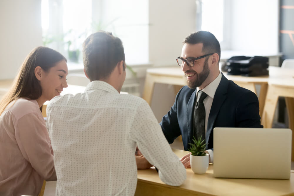 借金返済に強い弁護士の探し方