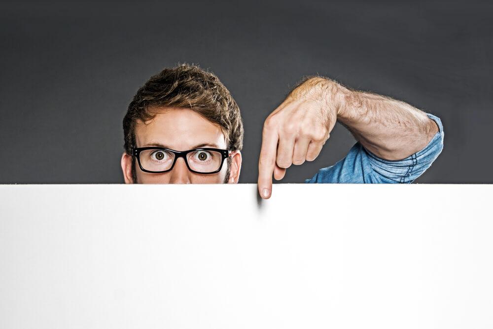 解雇には合理的な理由、社会的相当性と予告手続が必要