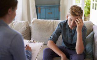 児童相談所に求められる理想と現実の乖離〜その解決策とは?