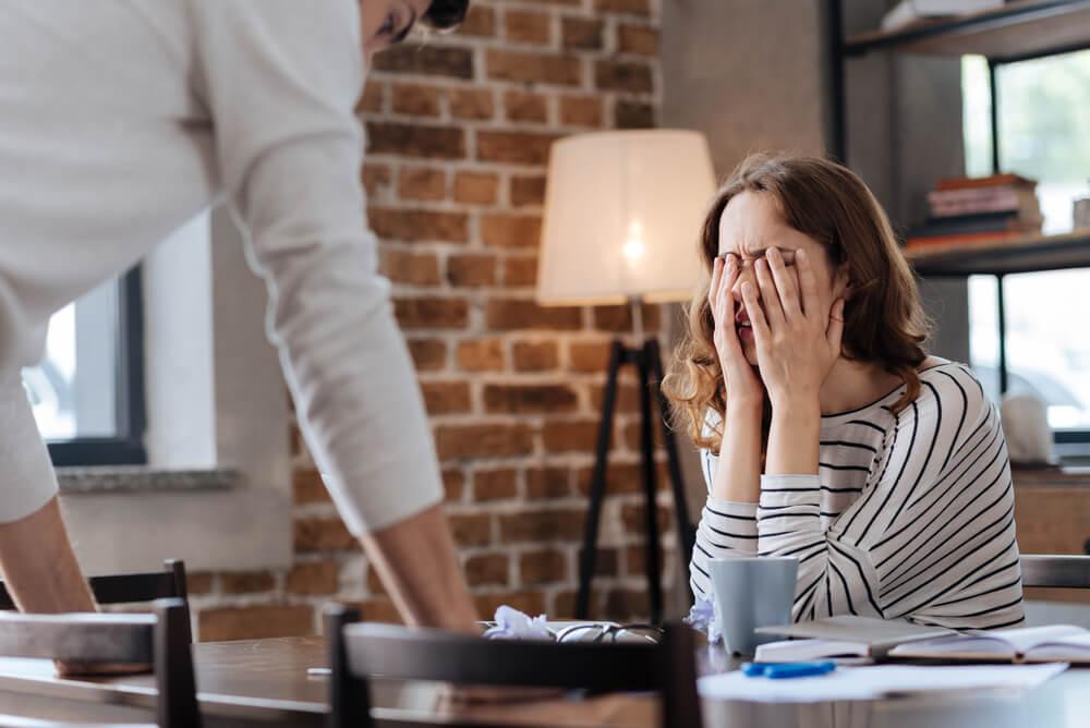 婚約が破談となる理由で多いものは?