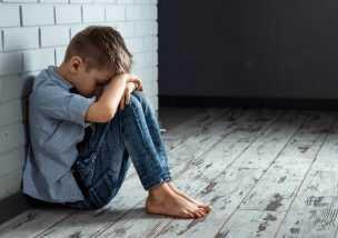 子ども 虐待