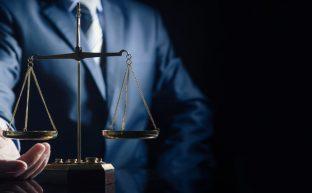 交通事故に強い有能な弁護士の選び方3つと事務所の探し方について