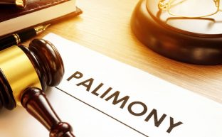 離婚の慰謝料、不倫相手に請求できる?最高裁判決にみる離婚の慰謝料請求について