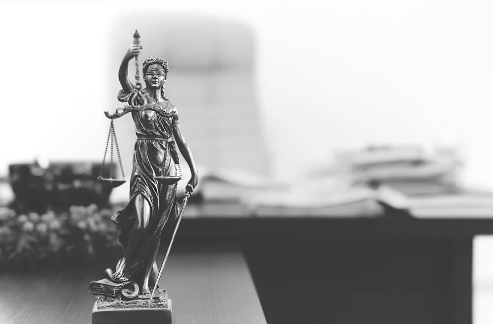 職場で制度が使いづらい⁈ハラスメントがある場合は弁護士に相談を