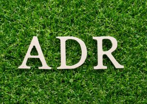 ADRとは?裁判でなくADRで解決すべき4つのトラブル