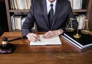 男性 離婚弁護士