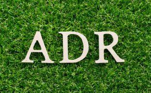 ADRとはどんな制度?~裁判によらずにADRで解決すべき4つのトラブル