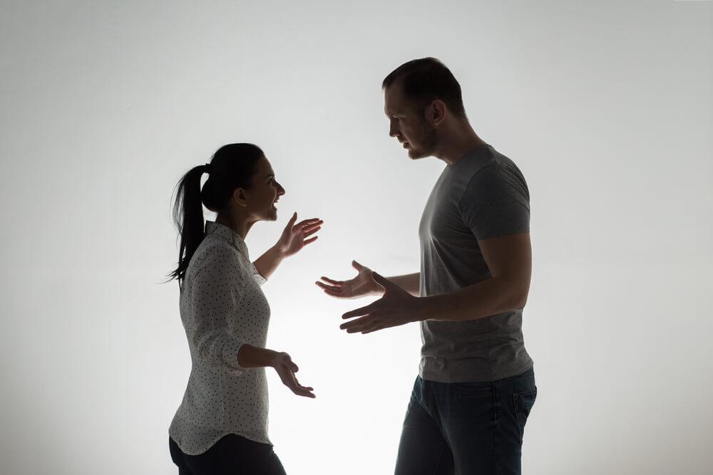 離婚しやすい夫婦の特徴