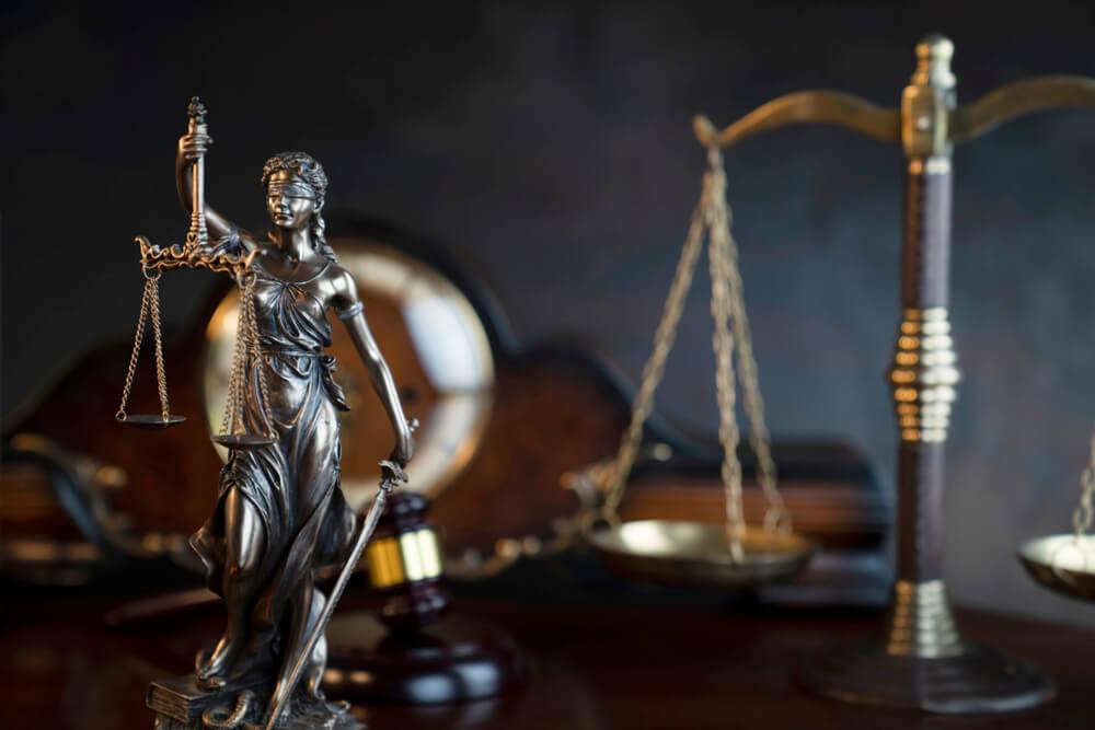 トータルサポートが可能なのは税理士所属の法律事務所