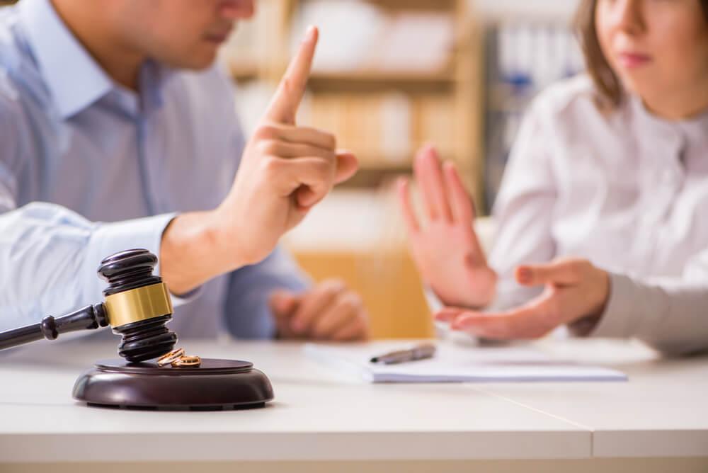 離婚成立までの期間が1年以上かかるケース