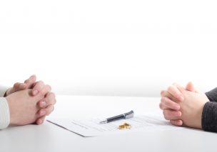 離婚成立までの平均期間|スムーズに離婚し新たな一歩を踏み出すコツ