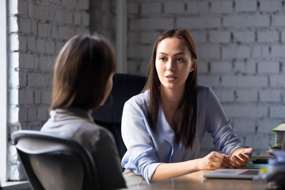 夫のアルコール依存での離婚は弁護士に相談