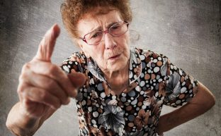 嫁いびりに悩む妻たち|姑の心理、限界がきて離婚が浮かんだら考えるべきこと