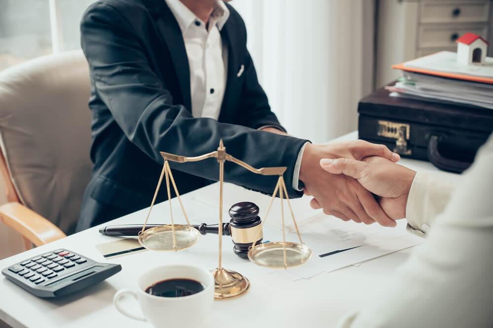 離婚したい…そう思ったらまずは弁護士に相談してみよう