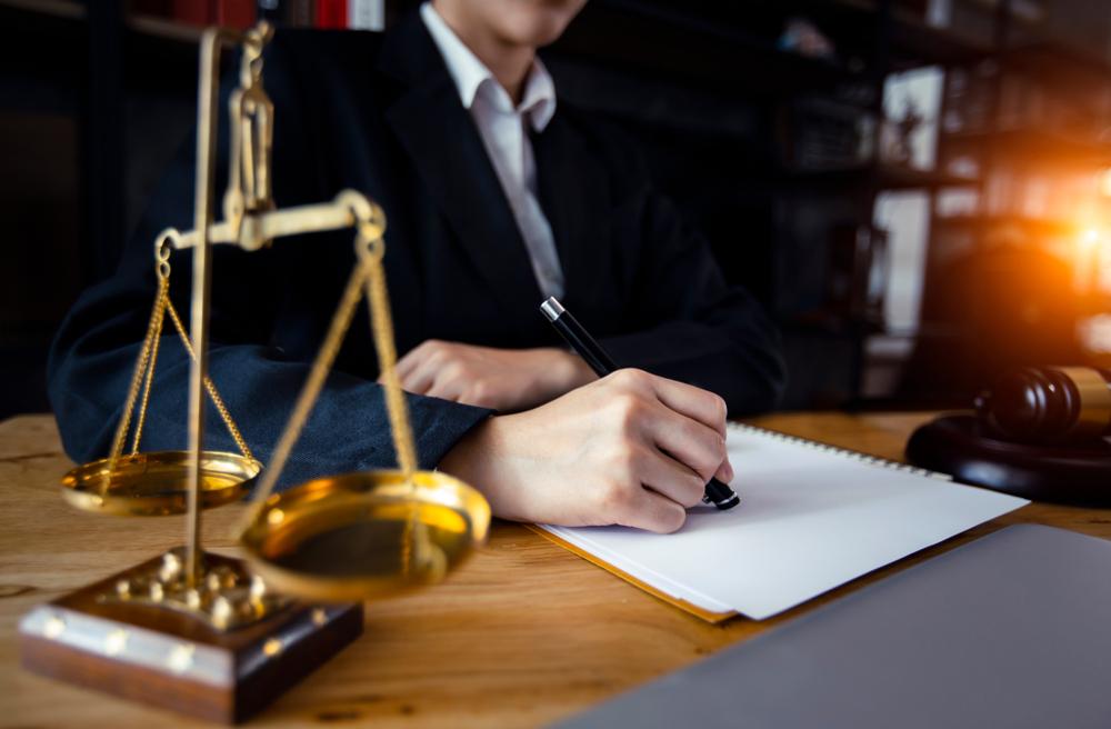 相続についてお困りの際は弁護士へ相談